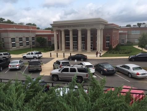 Fairfield High School en alerta máxima, luego de amenaza en redes sociales