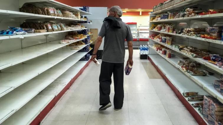 Colombia y Perú acuerdan registrar a los refugiados venezolanos que reciban