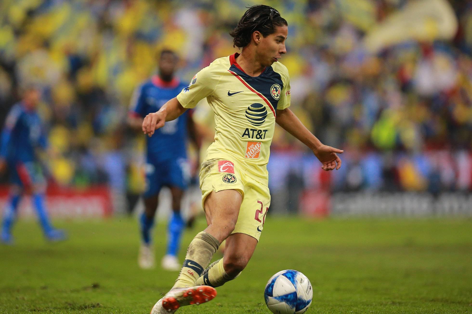 La selección de México mira al futuro y prescinde de Chicharito
