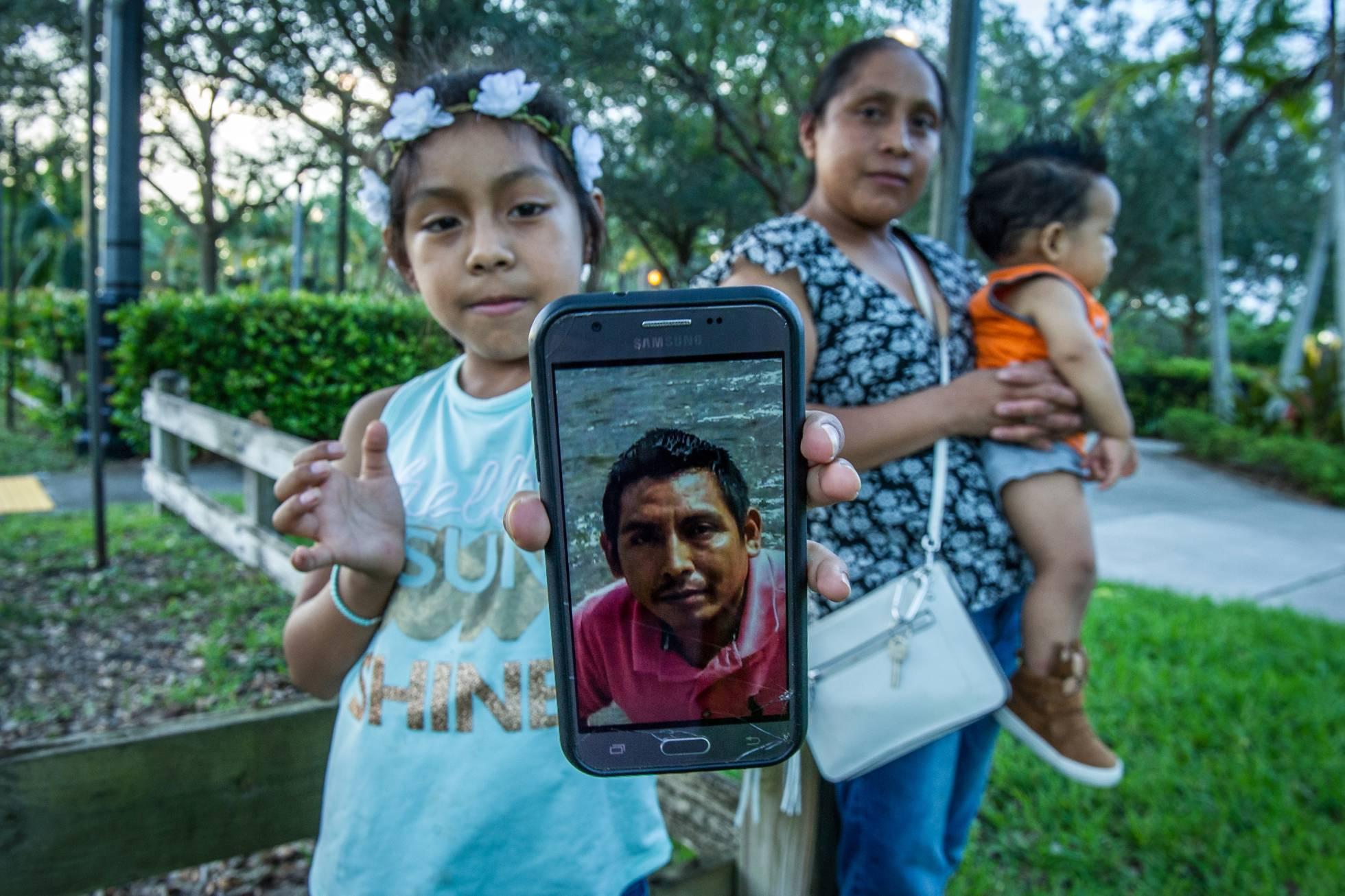 Una familia rota por la 'tolerancia cero' de EE UU