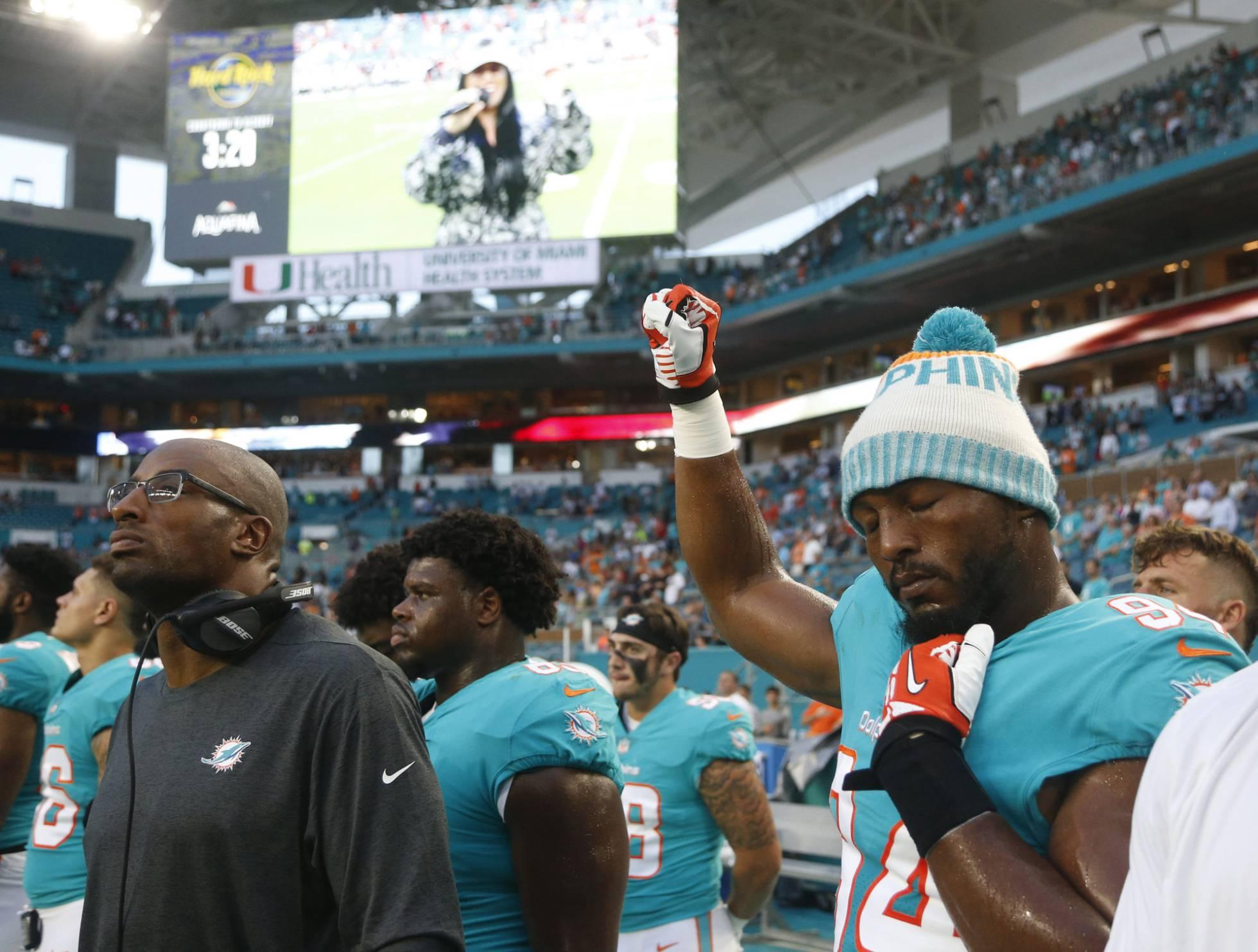 Trump ataca a los jugadores de la NFL porque vuelven a protestar en el himno