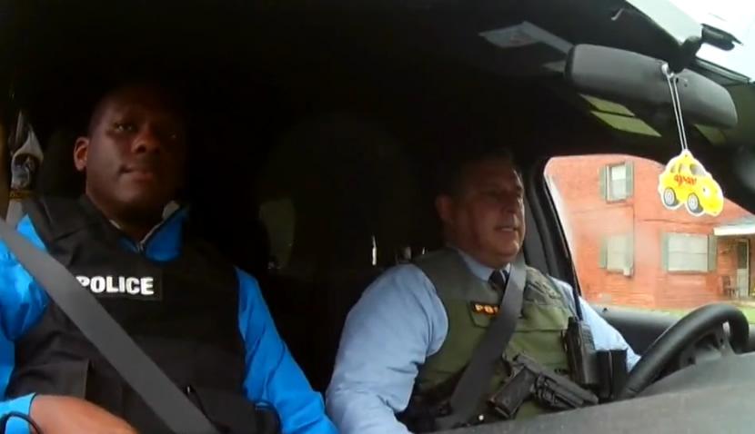 Oficiales engañados y emboscados en el Día del Trabajo