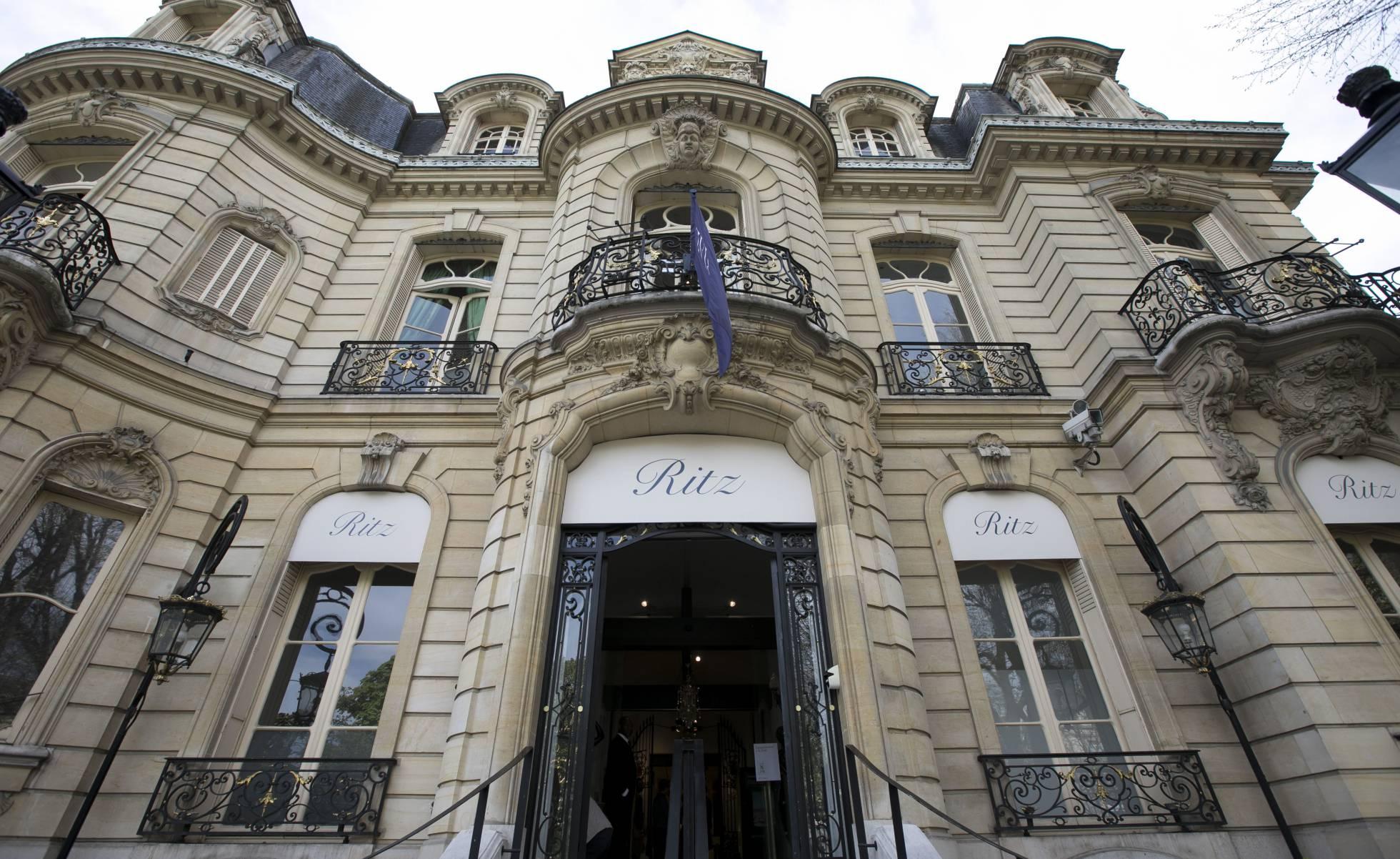 Roban 800.000 euros en joyas a una princesa saudí en el Ritz de París