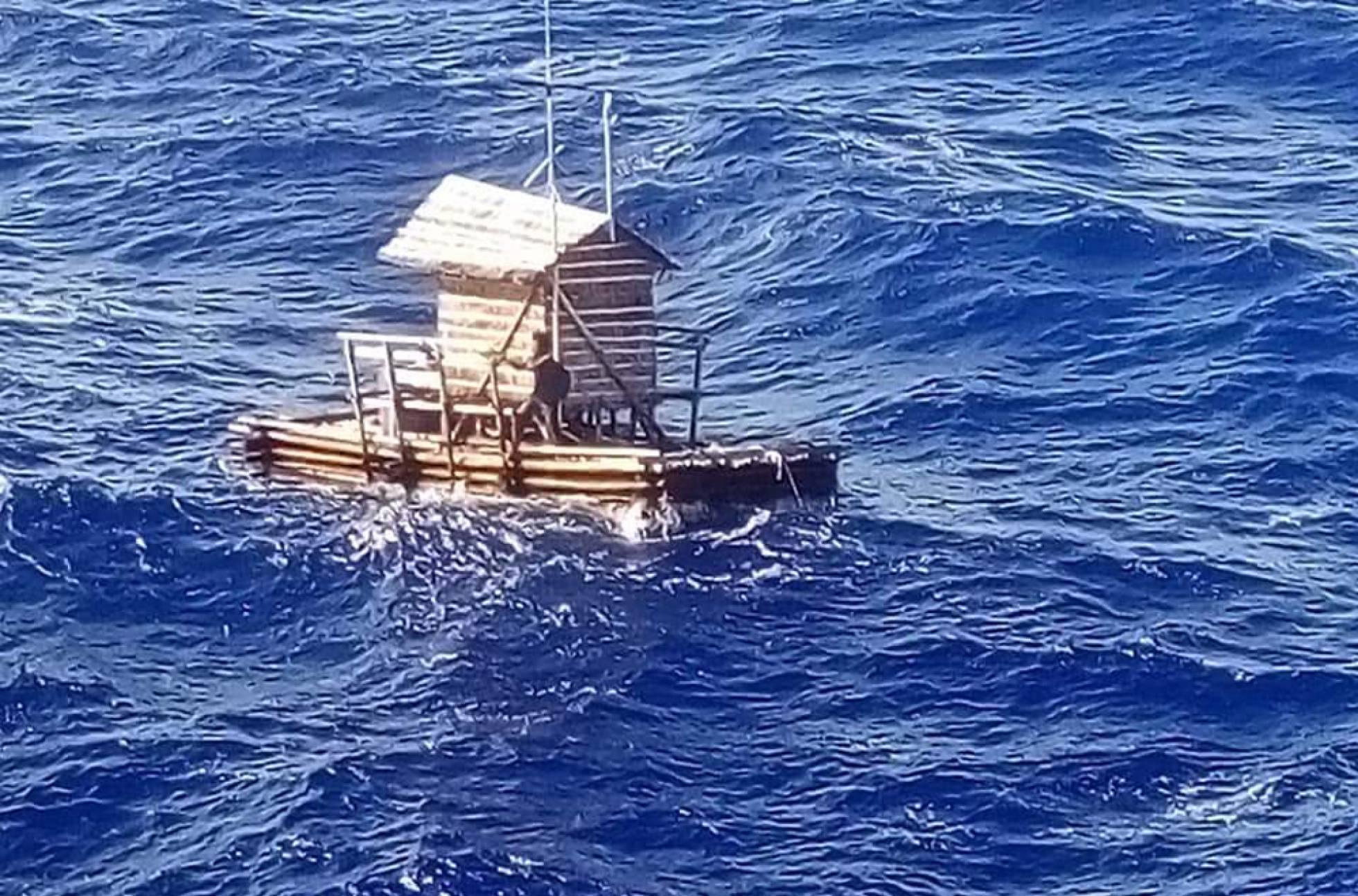 Un joven indonesio sobrevive 49 días a la deriva en una trampa para peces