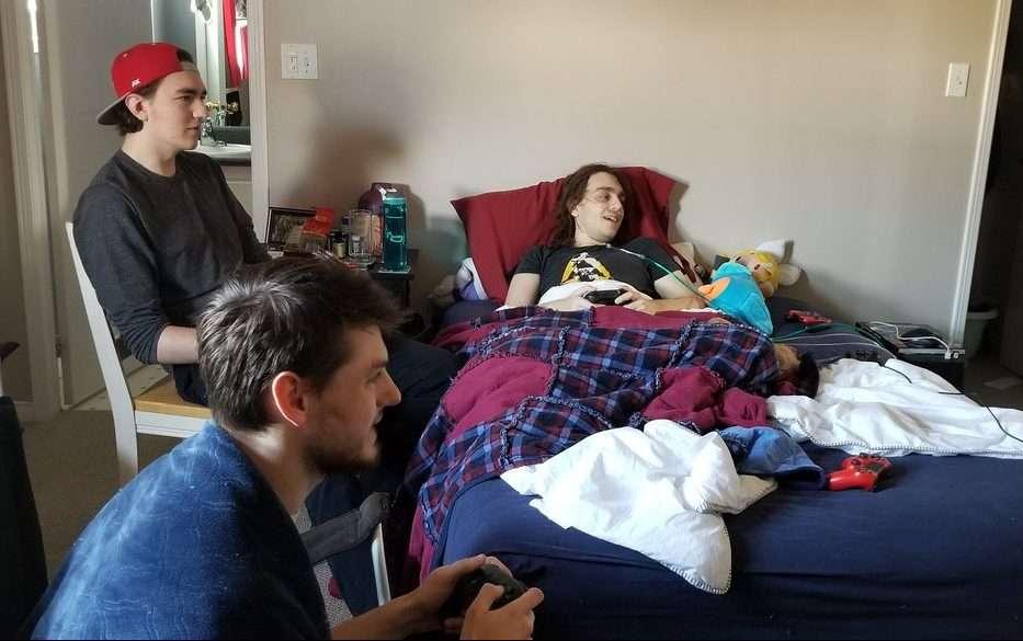 En Canadá, Nintendo permite que un joven con una enfermedad terminal juegue con la última versión del juego de Mario Bross antes de su lanzamiento