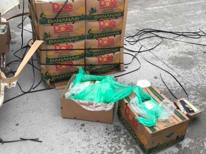 Donan a una cárcel de Texas un cargamento de plátanos con cocaína escondida en su interior