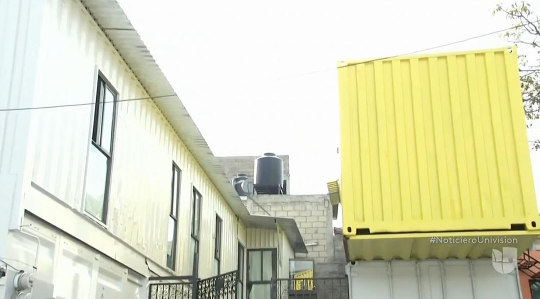 1 casa contenedor