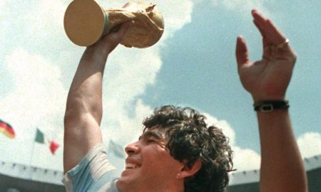 1 maradona heroe de argentina