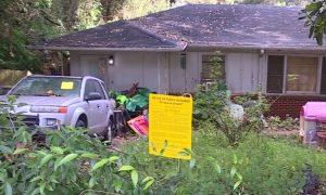 Diez perros fueron abandonados en una casa en Homewood