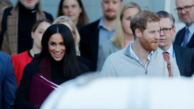El príncipe Harry y Megan Markle esperan a su primer hijo