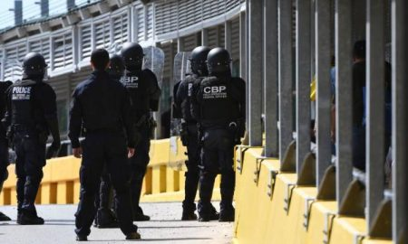 agentes EEUU en frontera con Mexico
