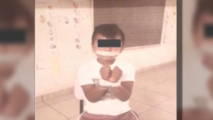 Investigan a un maestro por atar, fotografiar y exhibir a un alumno de su escuela en México