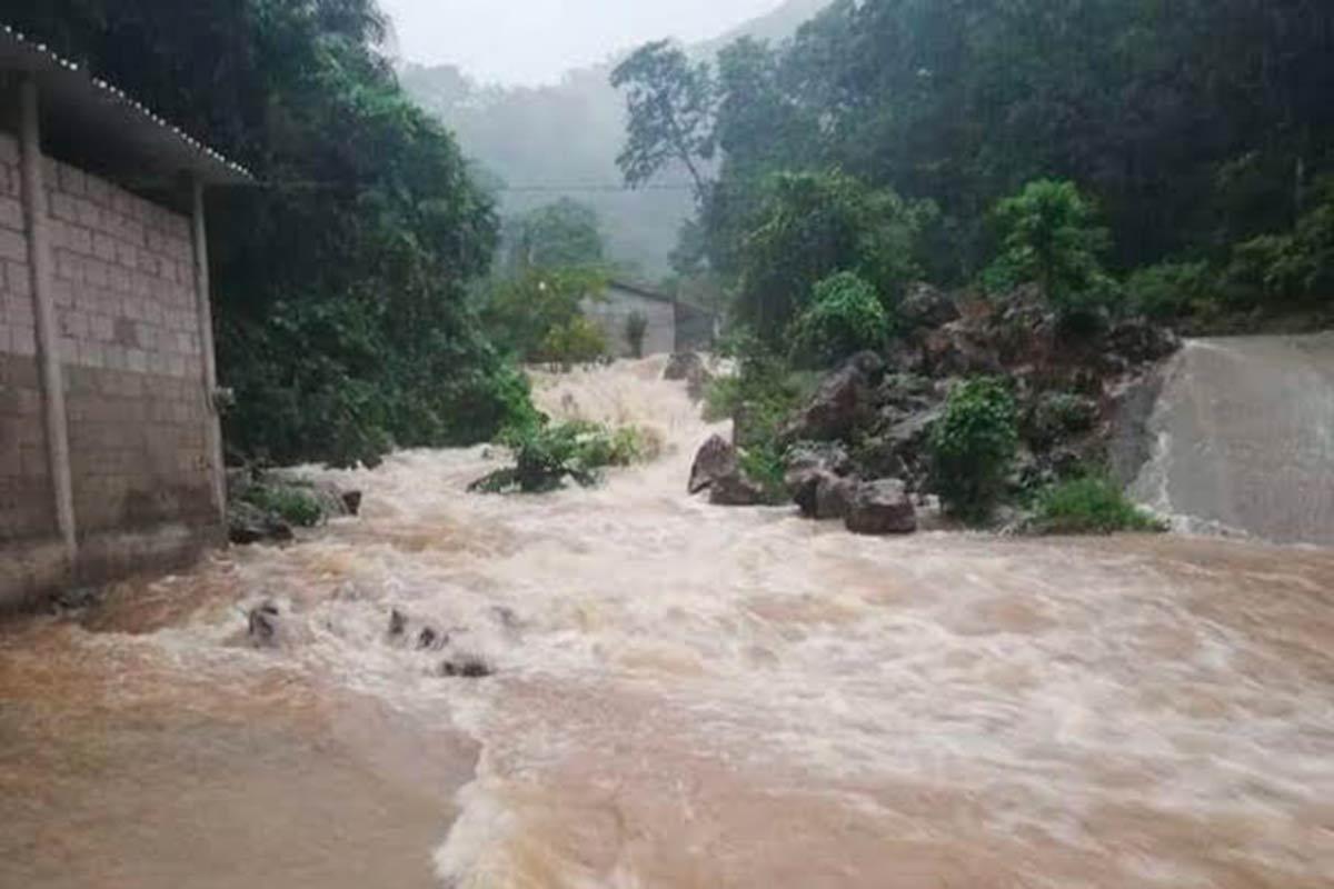 El huracán Willa se fortalece a categoría cuatro. Afectará a las costas mexicanas