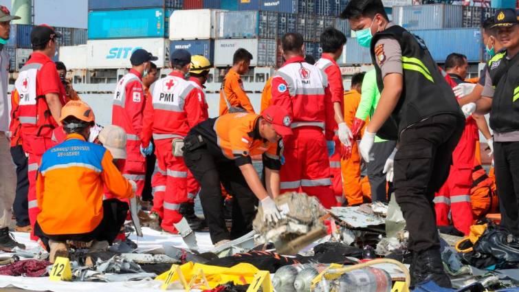 Un avión de Lion Air se estrella con 188 ocupantes en Indonesia
