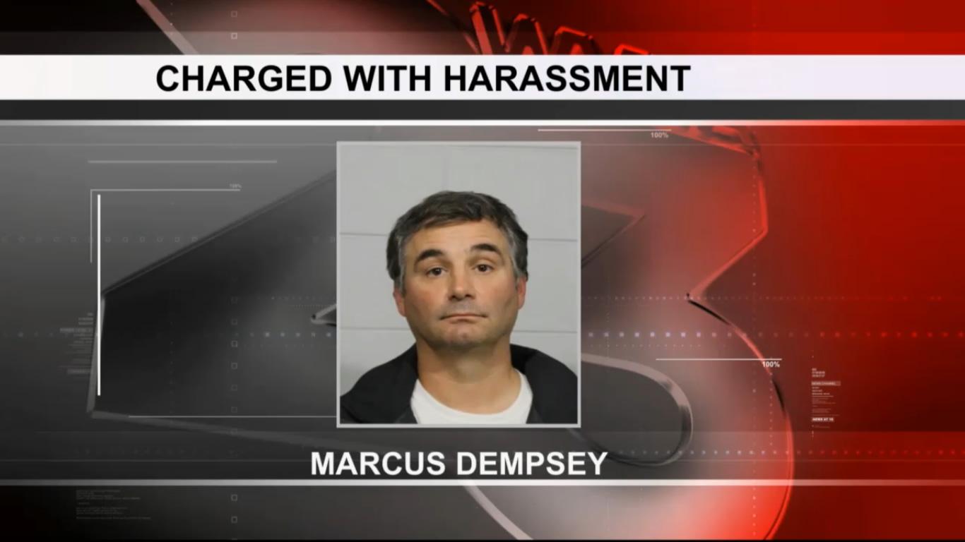Dentista de Tuscaloosa arrestado, acusado de abofetear un niño durante un juego de fútbol