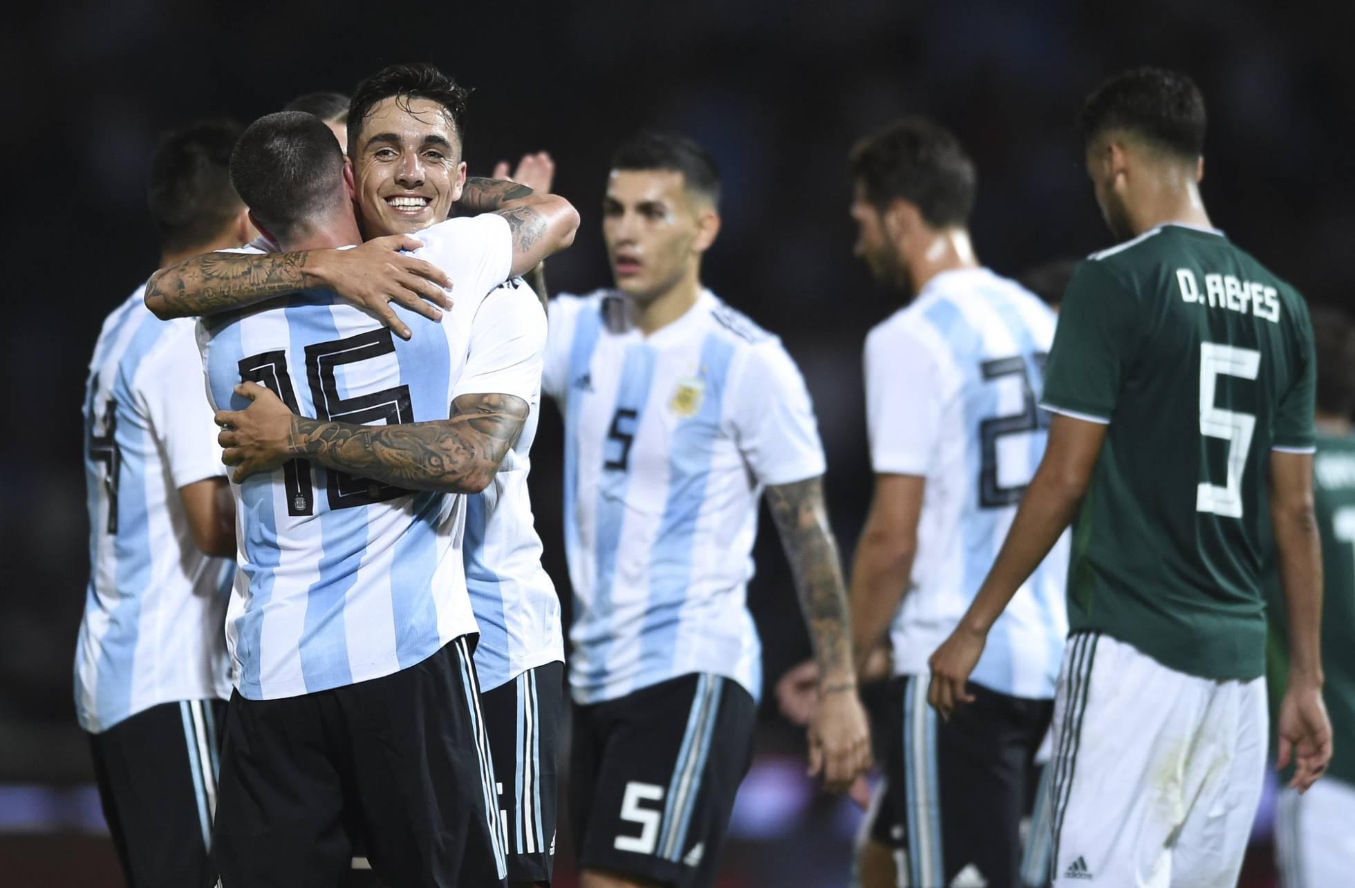 Argentina disfruta de una victoria ante México en la antesala del River-Boca