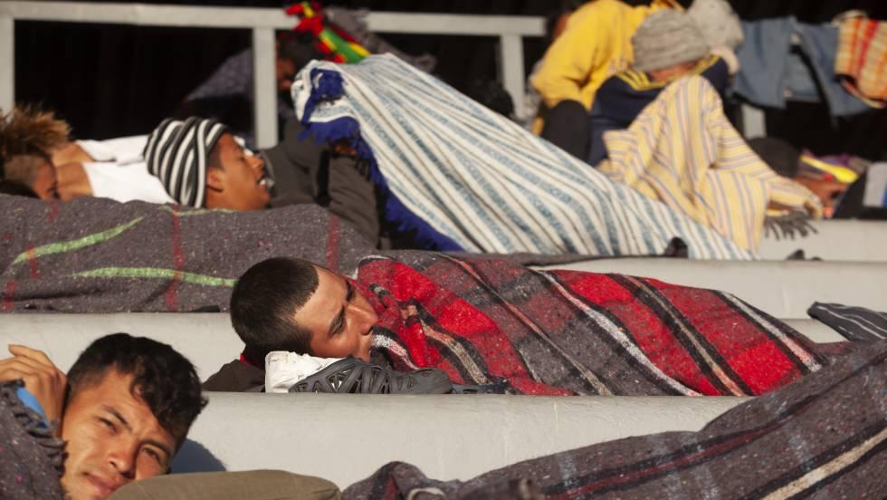 Los primeros migrantes de la caravana llegan a Ciudad de México