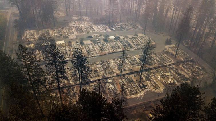 Incendios en California: Ya son 74 muertos y más de 1.000 desaparecidos