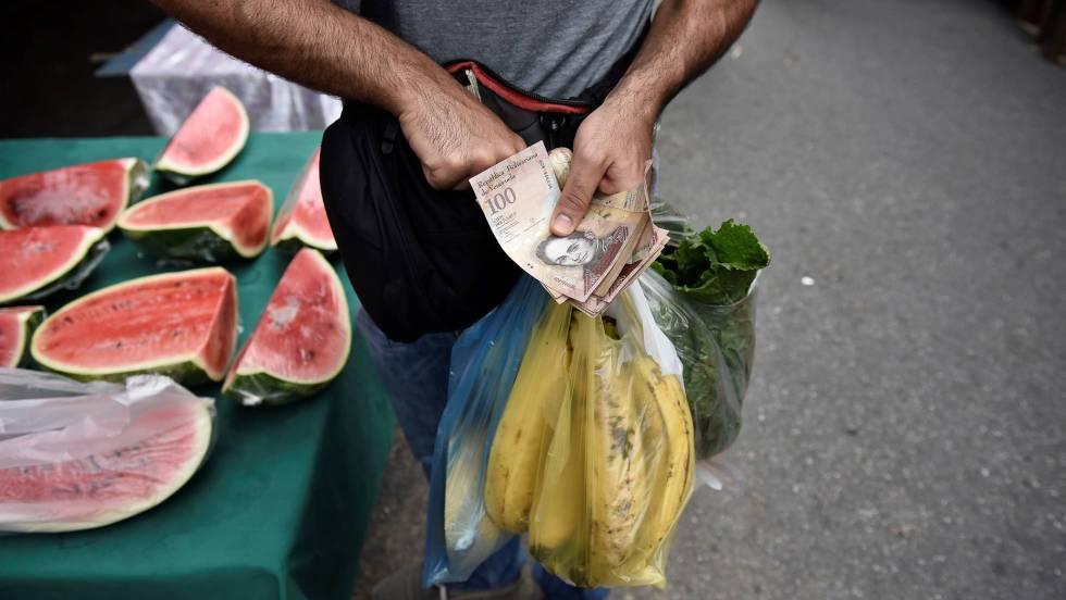 La asfixiante vida de los venezolanos tras un año de hiperinflación