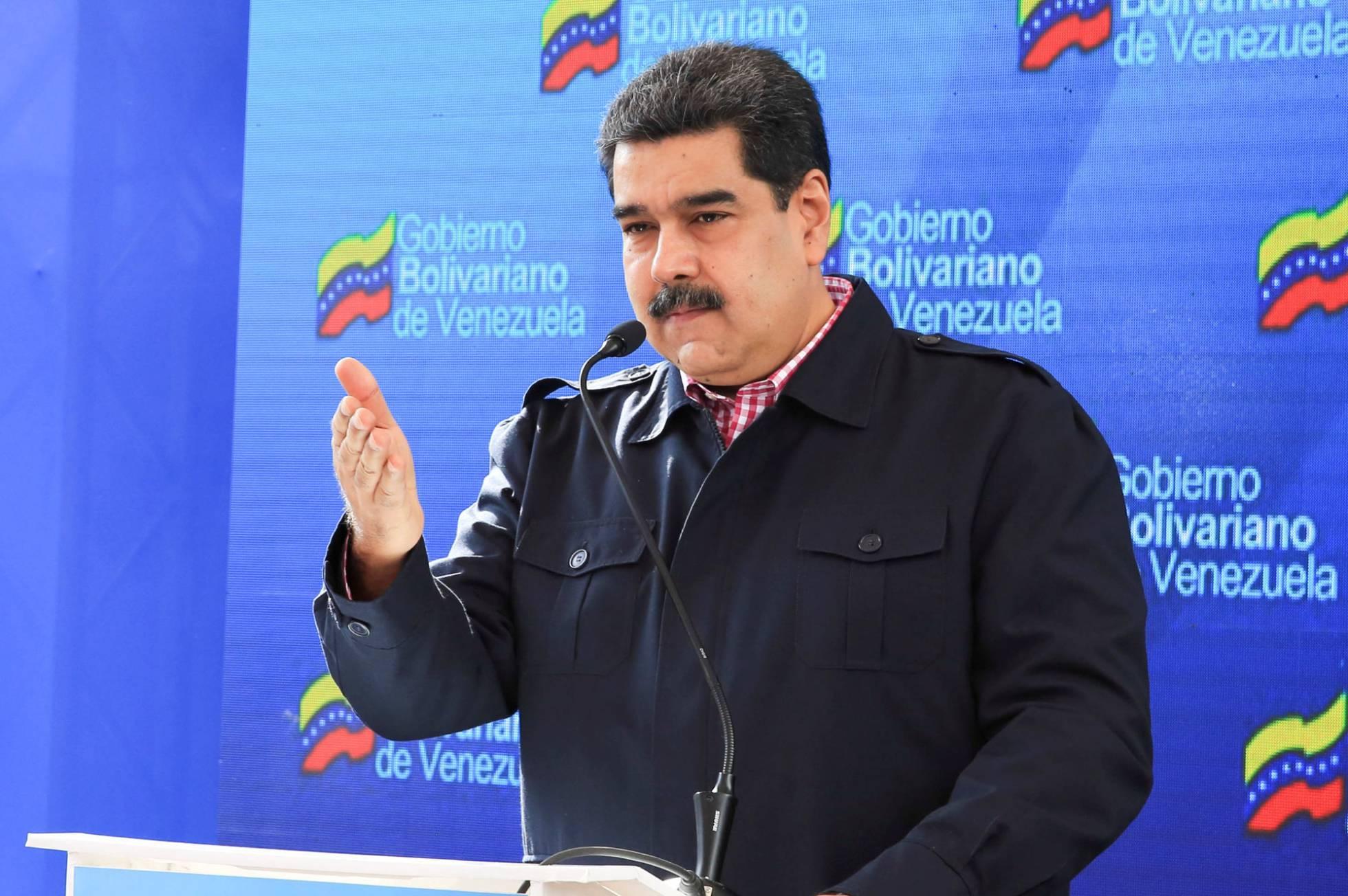Maduro exhibe el apoyo de Rusia ante el incremento de la presión internacional