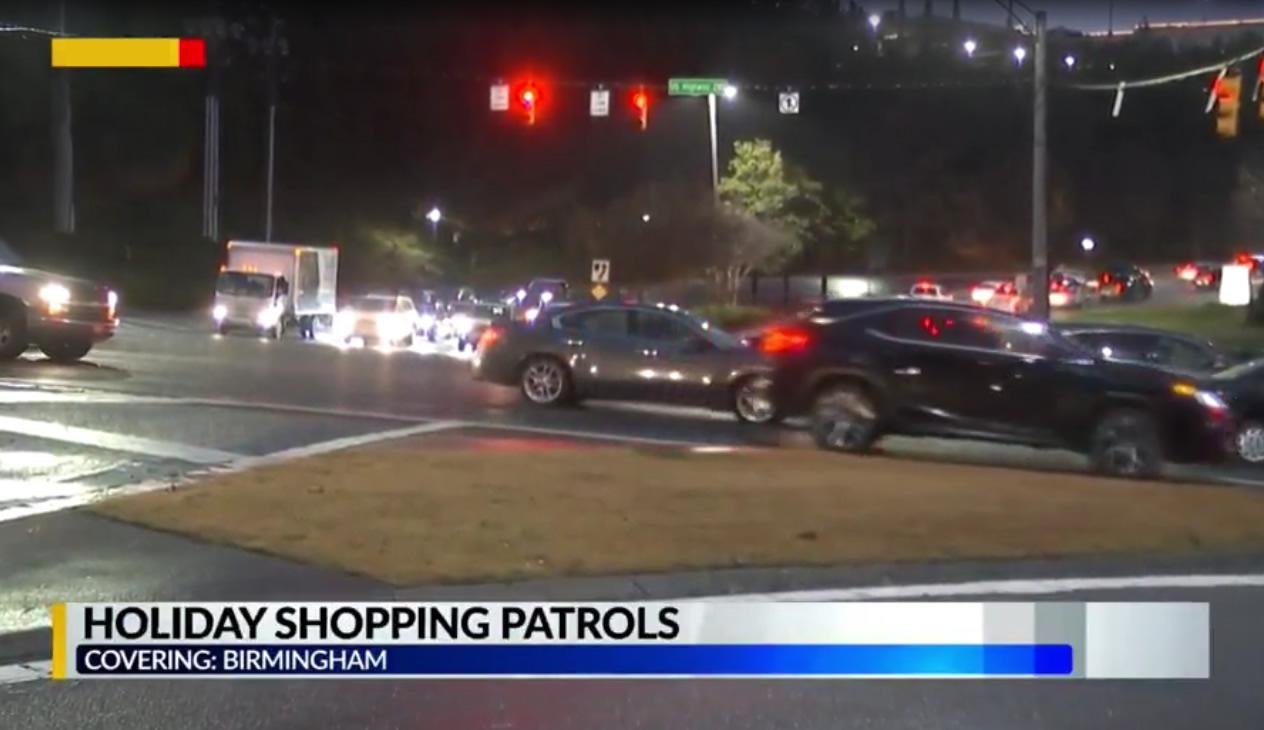Policía de Birmingham intensifica patrullas en centros comerciales