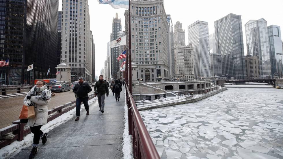 A -28 grados en Chicago: calles y aulas vacías, vuelos cancelados y refugio para 16.000 vagabundos