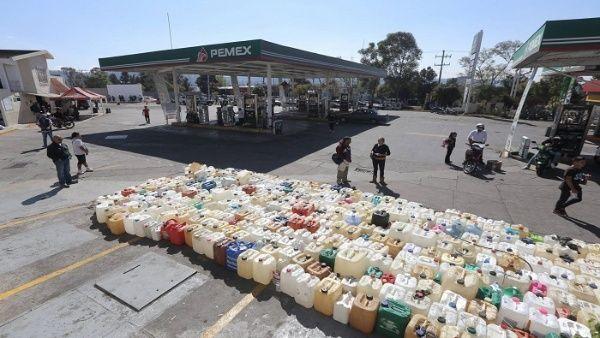 ¿Cómo avanza el plan contra el robo de gasolina en México?