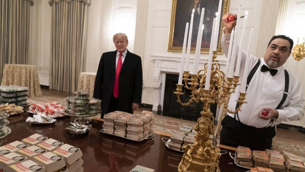 1 trump paga hamburguesas