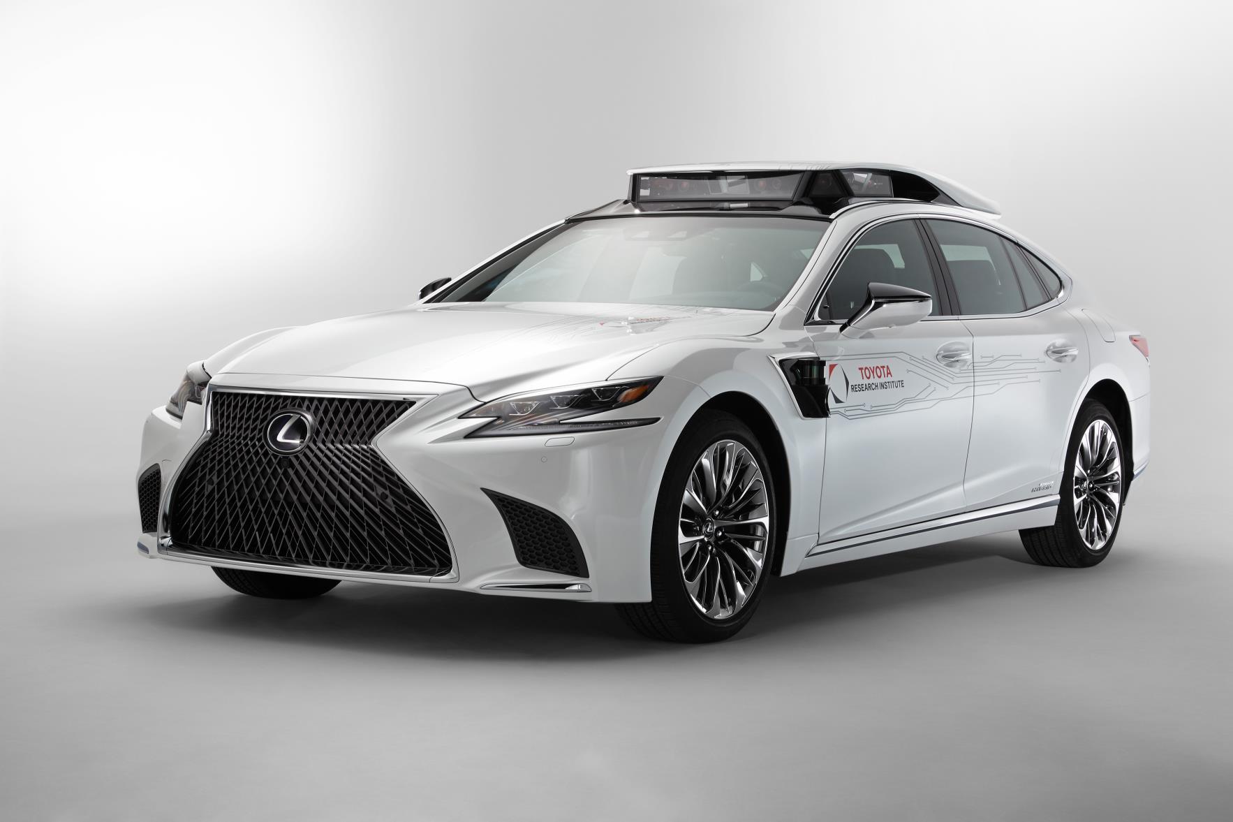 Toyota mostrará en el show de CES en Las Vegas, el vehículo de prueba para la conducción autónoma