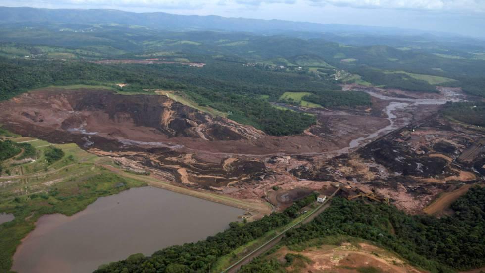 Al menos siete muertos y 150 desaparecidos en Brasil tras romperse una represa minera