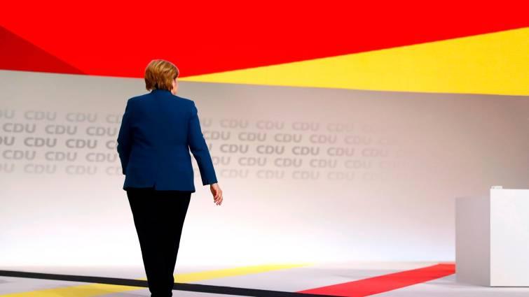 «Hackers» filtran datos de Merkel en el mayor ataque cibernético