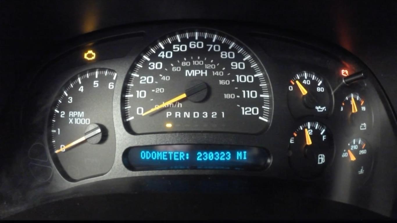 ¿Comprar un carro usado? El fraude del odómetro aumenta en Alabama, advierte Carfax