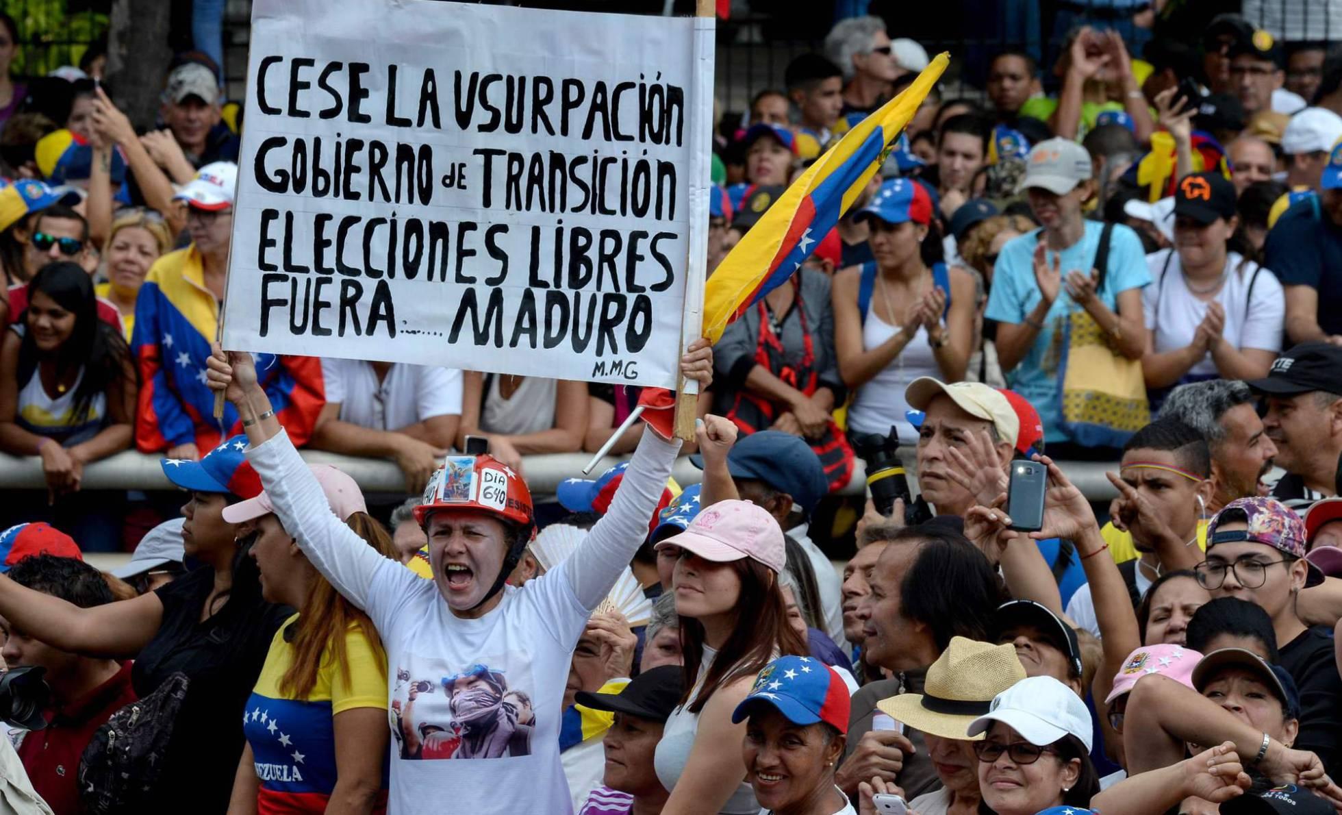 La oposición venezolana se fortalece en la calle y logra elevar la presión internacional