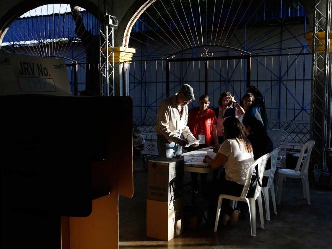 Votaciones en Salvador