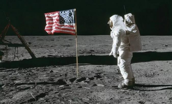 Estados Unidos anuncia planes de regresar a la Luna