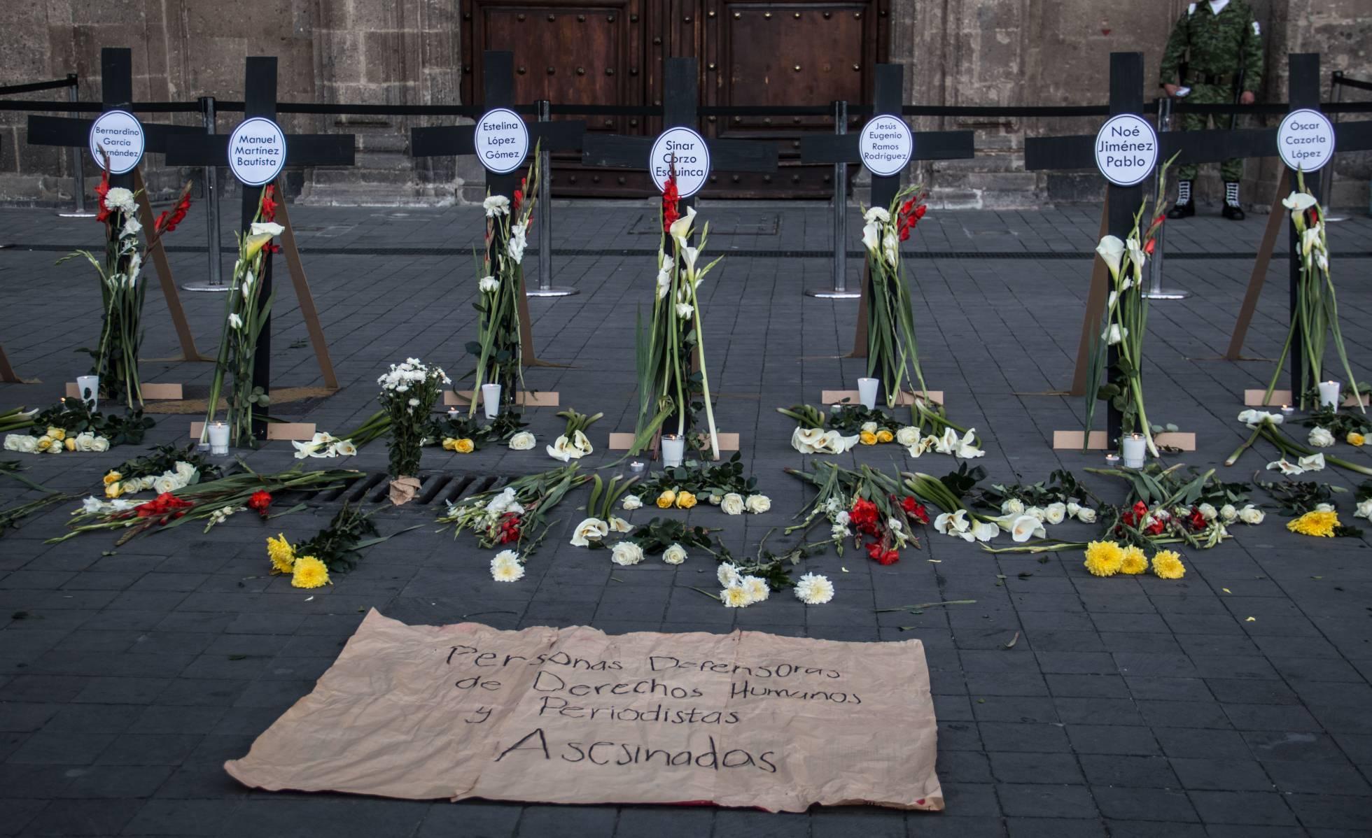 790 periodistas y activistas se encuentran bajo amenaza de muerte en México