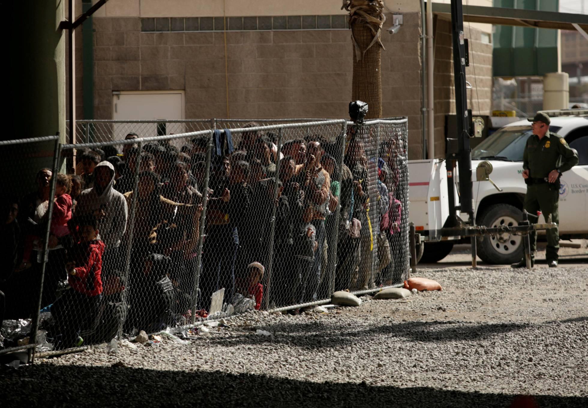 Trump amenaza con cerrar la frontera sur la próxima semana si México no detiene la ola migratoria
