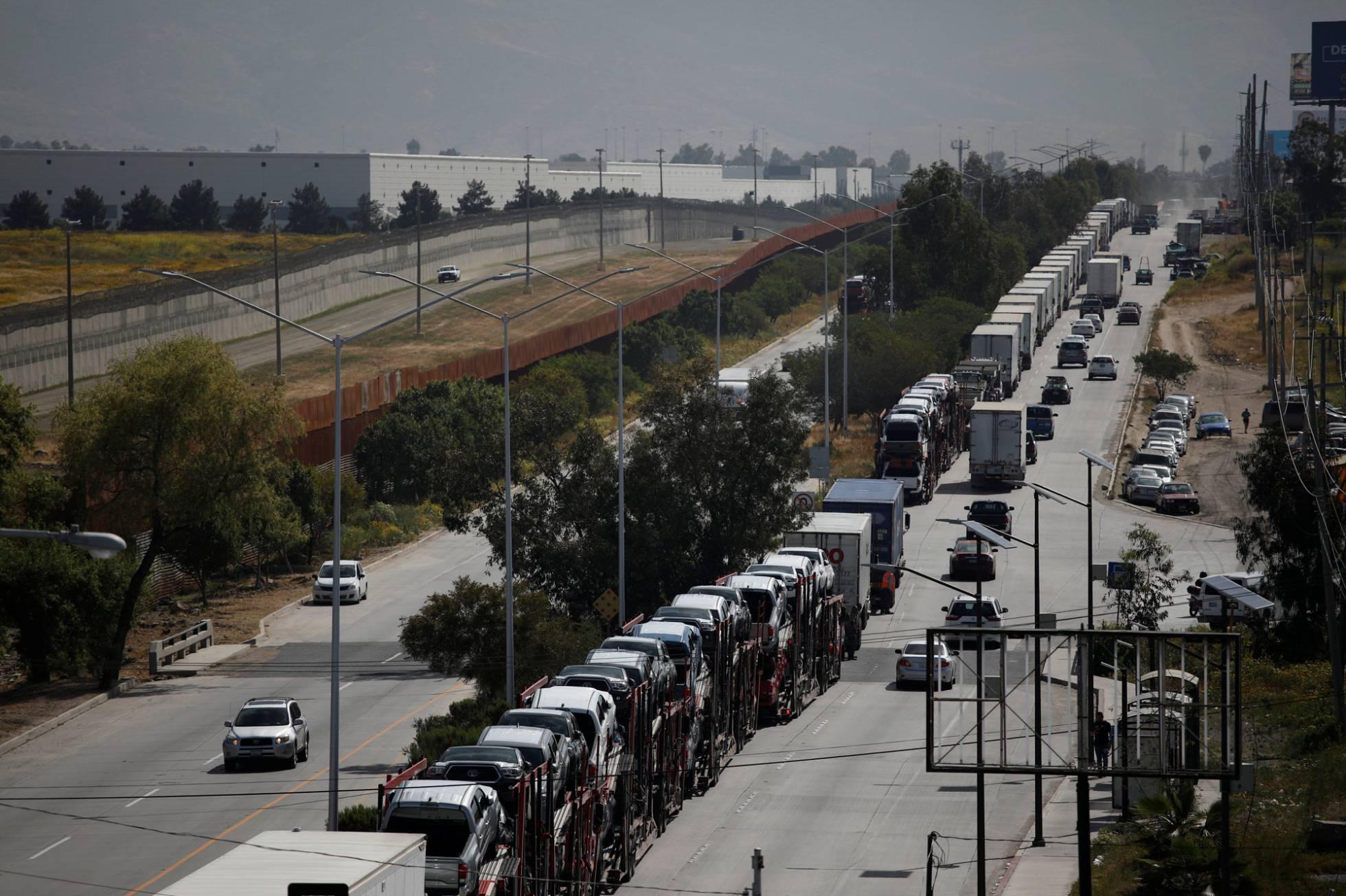 México se convierte por primera vez en el principal socio comercial de Estados Unidos