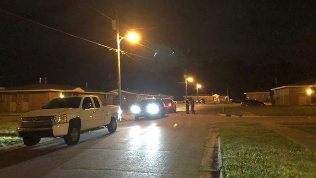 Mujer muere tras ser apuñalada en el complejo de viviendas Brent
