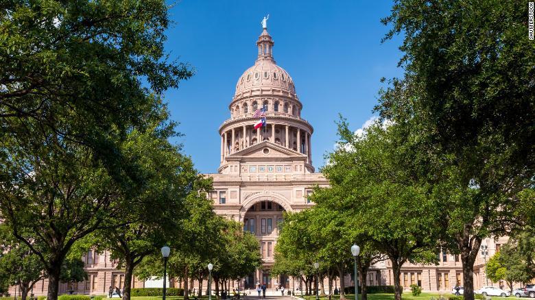 Legisladores de Texas consideran castigar el aborto con pena de muerte