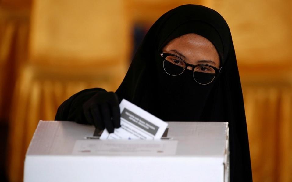 En elecciones de Indonesia, mueren 270 por contar votos
