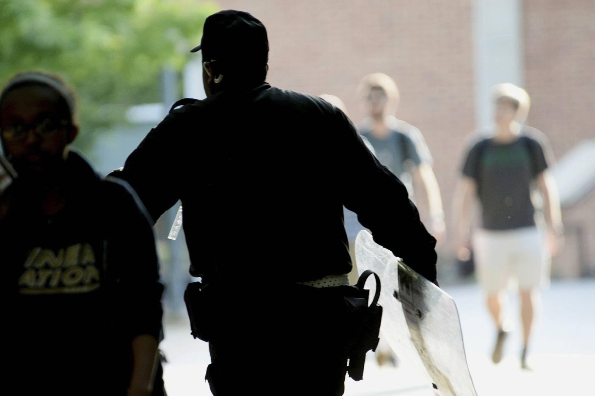 Un tiroteo deja al menos dos muertos en la Universidad de Carolina del Norte