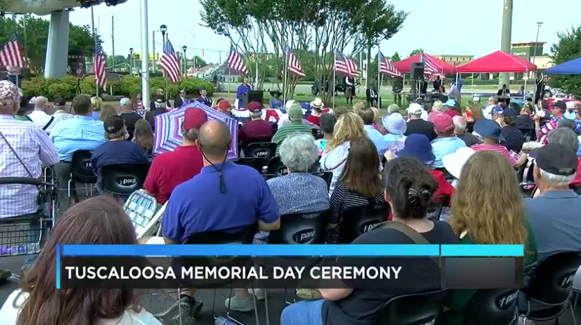 Tuscaloosa recuerda a los veteranos en la ceremonia del Día de los Caídos
