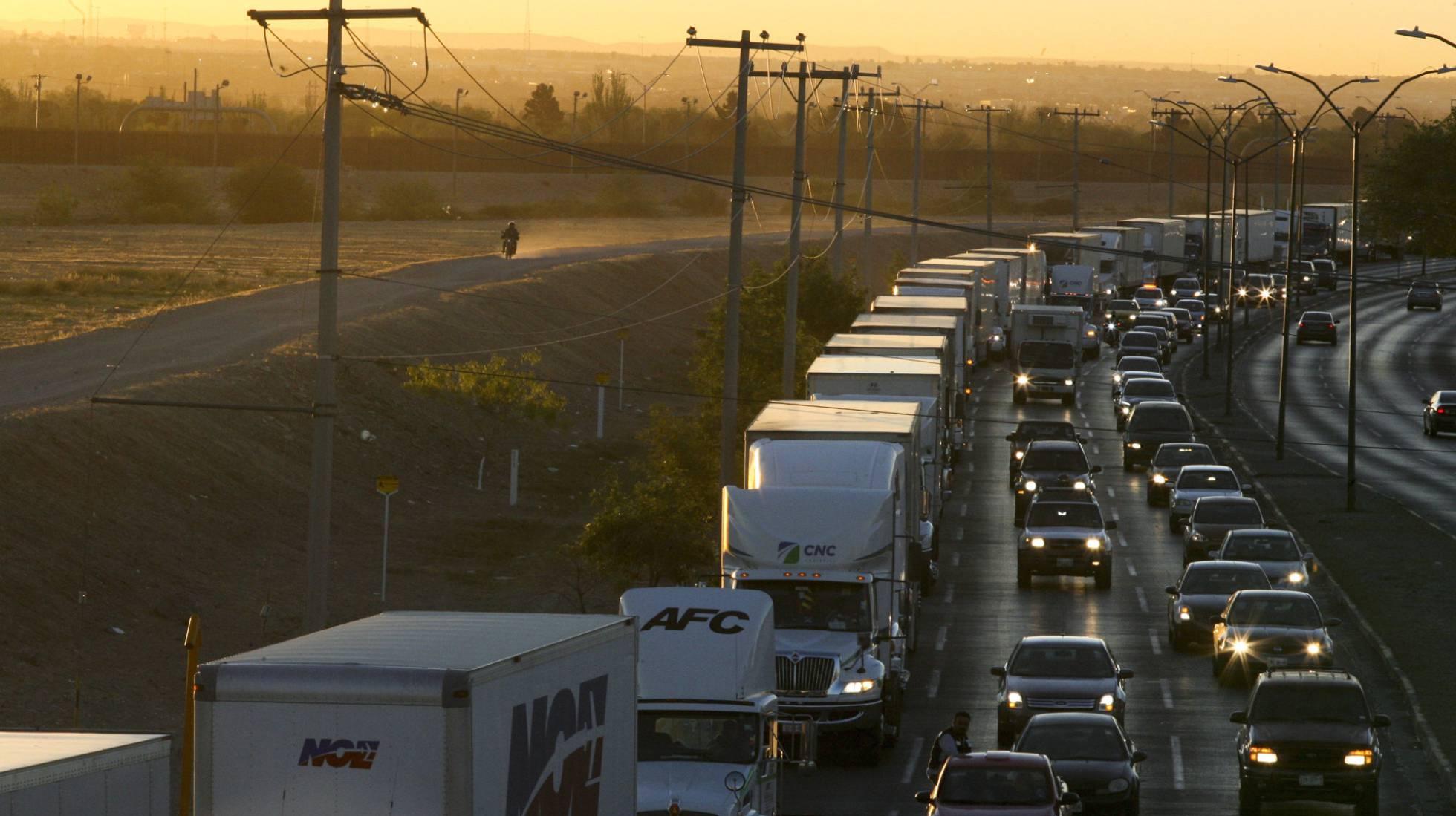 La amenaza de aranceles de EE UU acerca la economía mexicana al abismo