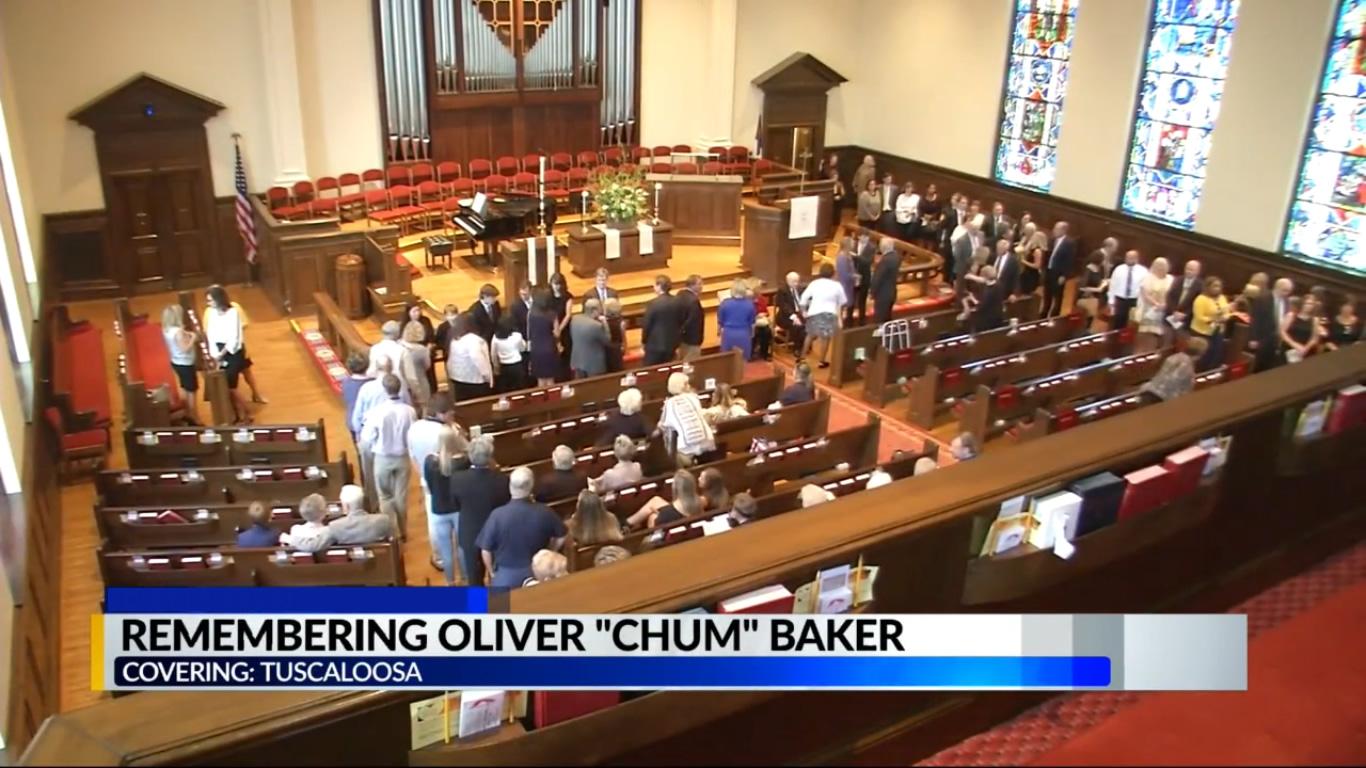 Servicios funerarios en Tuscaloosa para la víctima de mordedura de serpiente 'Chum' Baker