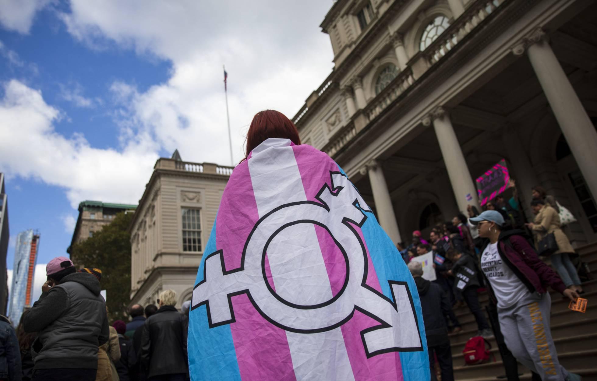 La Administración Trump negará protección sanitaria a los transgénero