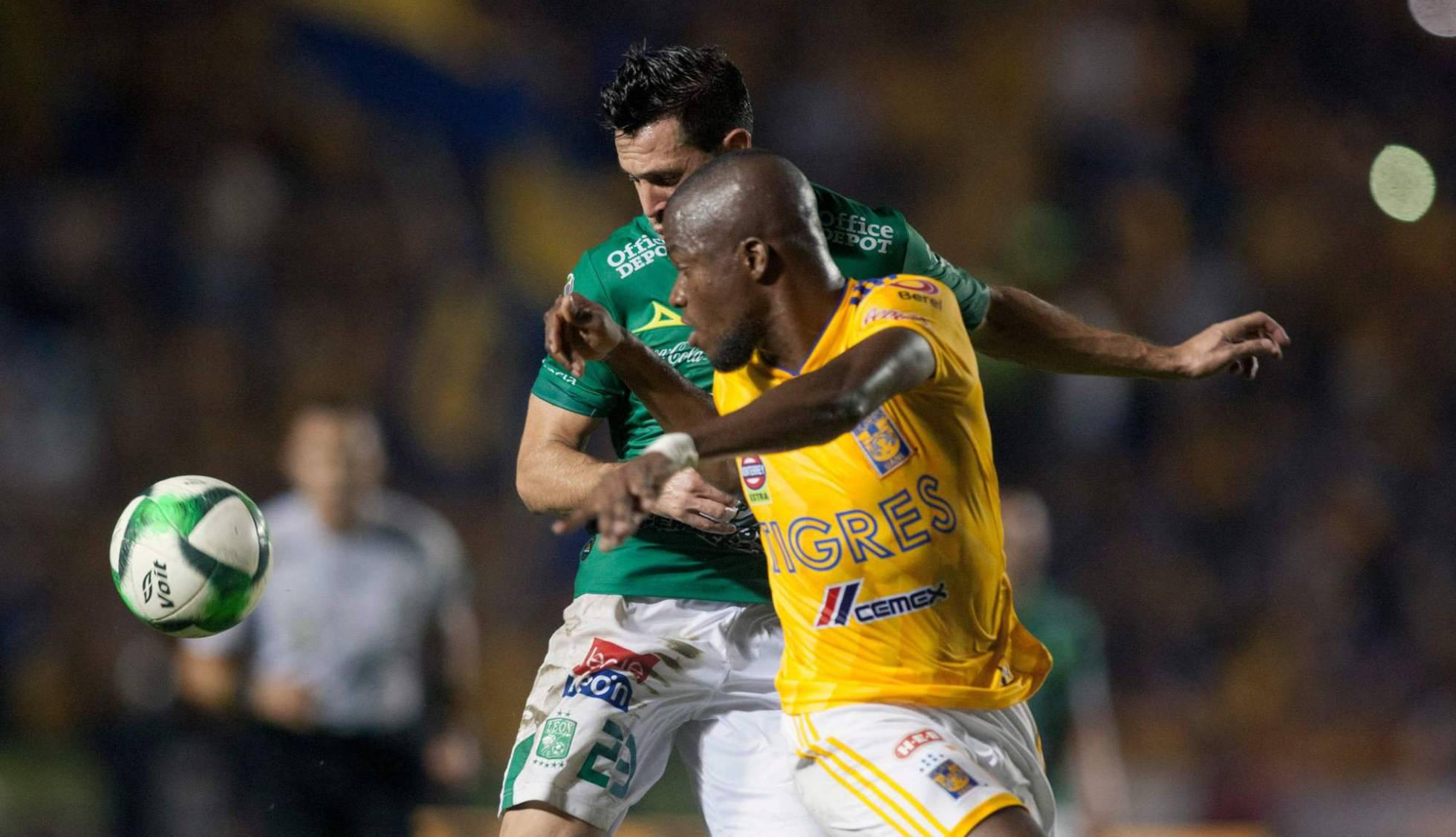 Los Tigres vencen al León en la ida de la final de la Liga MX (1-0)