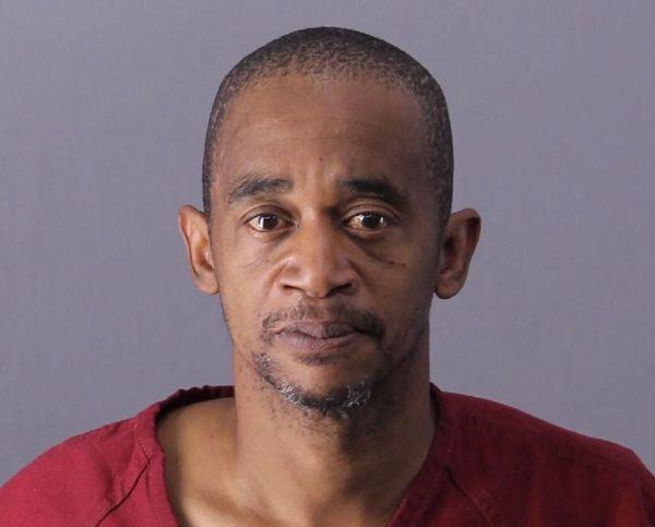 Hombre de Birmingham acusado del asesinato de su hermano, el fin de semana