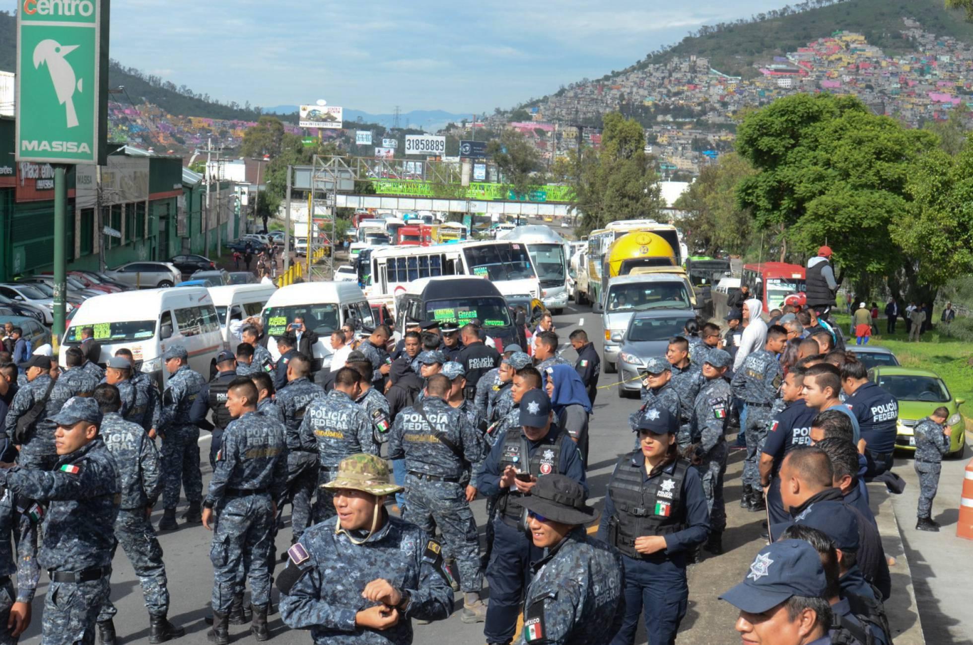Las protestas de la Policía Federal golpean la estrategia de seguridad de México