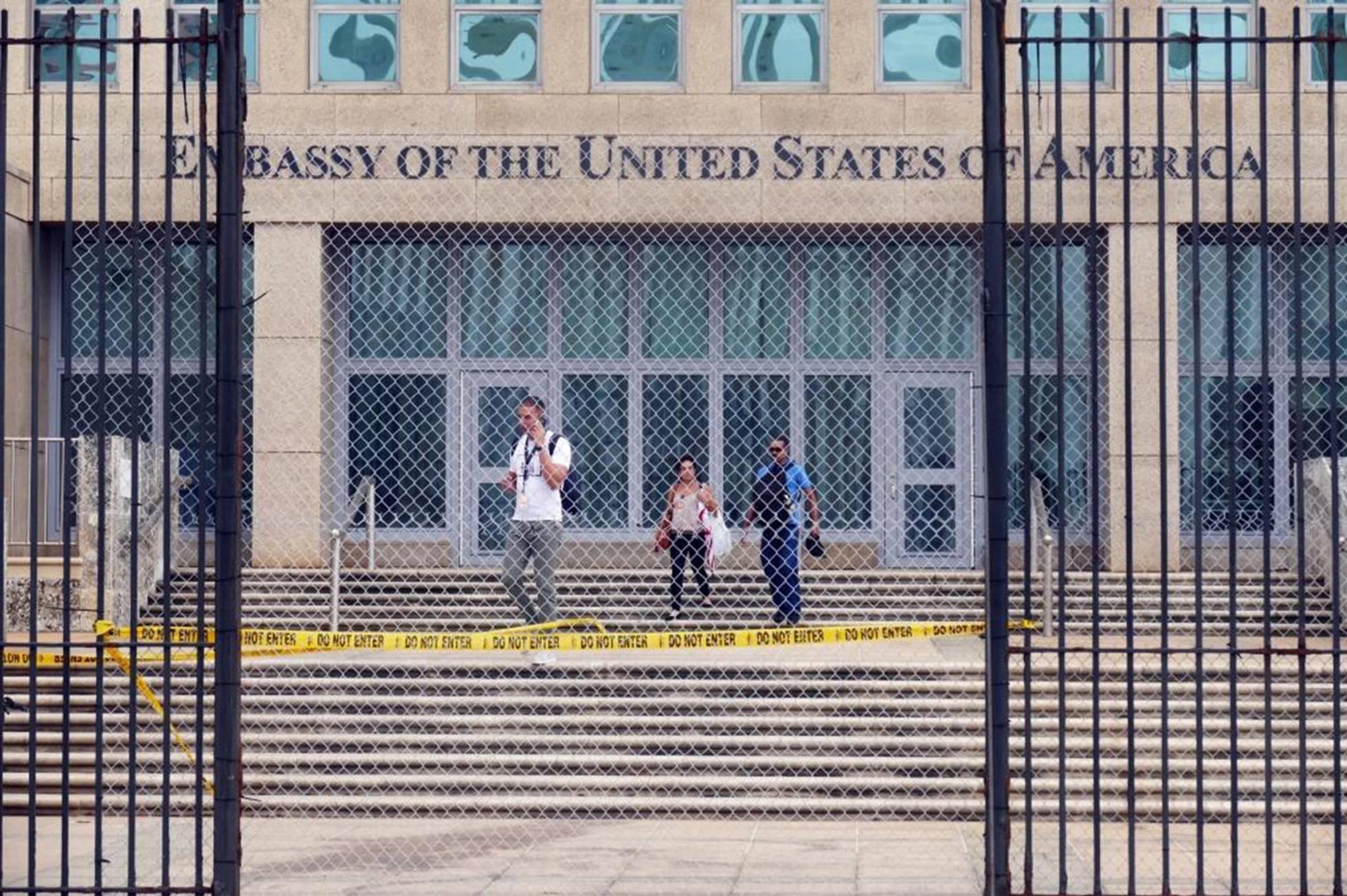 Los médicos revisan el cerebro de diplomáticos de EE UU que alertaron de supuestos ataques sónicos